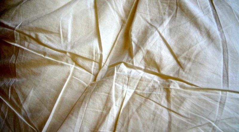 Em maus lençóis